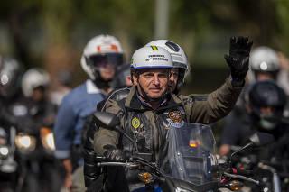 O presidente Jair Bolsonaro durante a Motociata Acelera para Cristo, em São Paulo