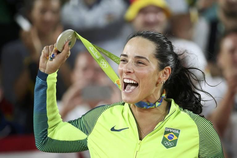 A jogadora de vôlei de praia Agatha, um dos atletas militares que representam o Brasil nos Jogos de Tóquio
