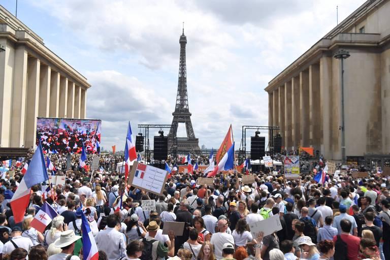 França, Itália e Austrália têm protestos contra medidas sanitárias