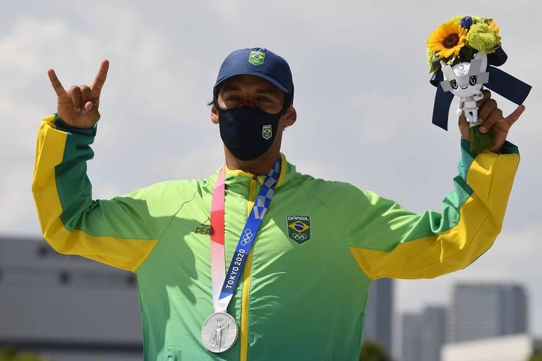 O Skatista Kelvin Hoefler, que conquistou a primeira medalha do Brasil em Tóquio