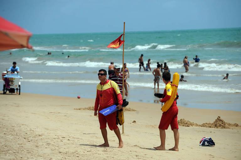 Homem fica ferido após ataque de tubarão em praia de Pernambuco