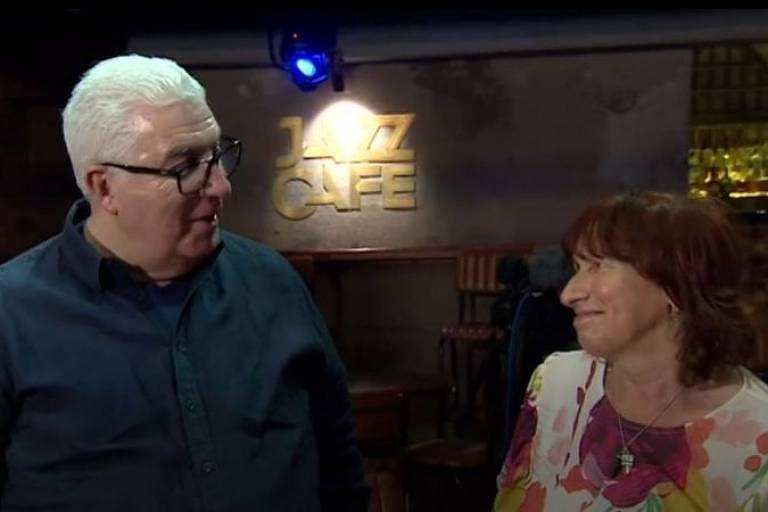 Mitch e Janis, pais de Amy Winehouse, falaram com a BBC no Jazz Café, em Londres, onde a cantora se apresentou