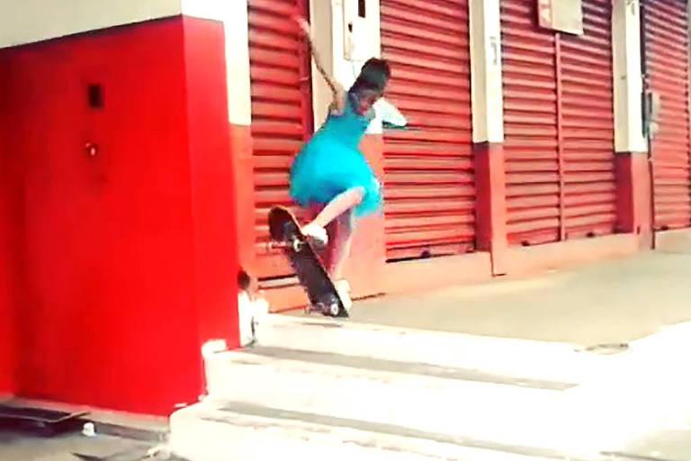 Detalhe do vídeo em que Rayssa aparece com fantasia de fada e que se tornou viral