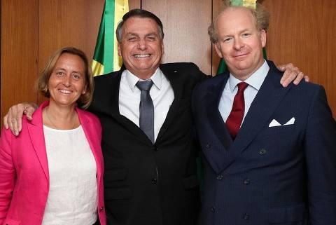 Congressista de ultradireita foi levada aos Bolsonaros pelo deputado Gil Diniz