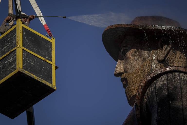 Empresário se oferece para pagar reforma da estátua de Borba Gato, diz prefeito de São Paulo