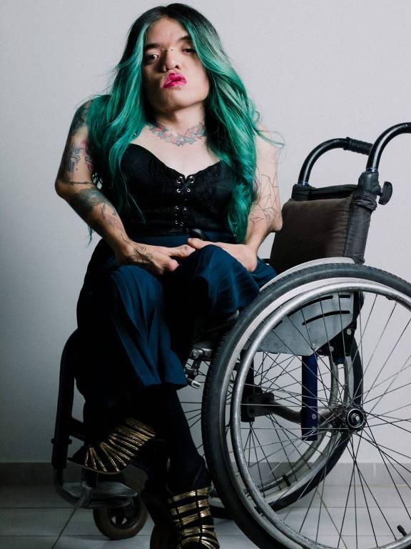 Leandrinha Du Art, ativista pelos direitos LGBTQIA+