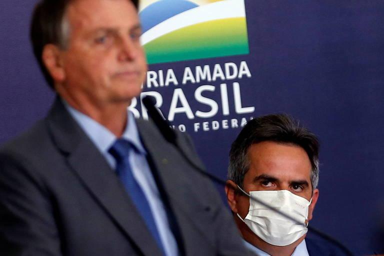 O presidente Jair Bolsonaro com o senador Ciro Nogueira (PP-PI) em evento nesta terça-feira (27); Ciro será o novo ministro da Casa Civil, pasta mais importante do Palácio do Planalto