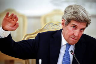 U.S. climate envoy Kerry meets Russian Foreign Minister Lavrov in Moscow