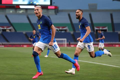 Richarlison decide e Brasil se classifica em 1º no futebol nas Olimpíadas