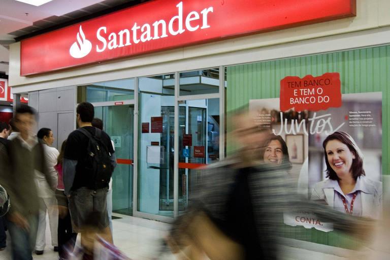 Santander Brasil quase dobra lucro no 2º trimestre