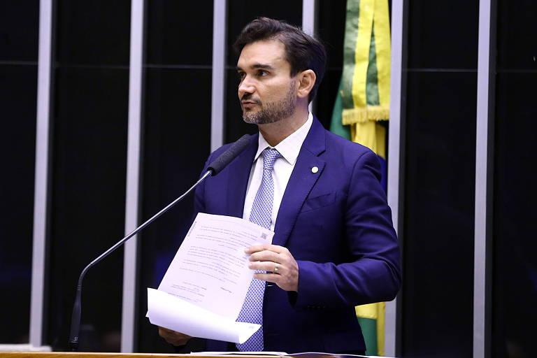 Relator retira taxação de dividendo para empresa do Simples e avalia ampliar faixa de isenção