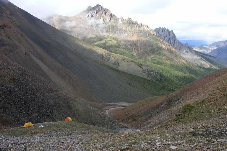Local em que foram descobertos os mais antigos fósseis de animais, no Canadá