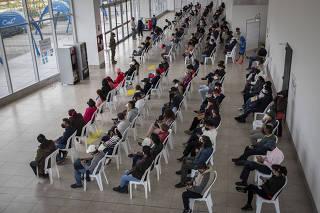 ECUADOR-QUITO-COVID-19-VACUNACION