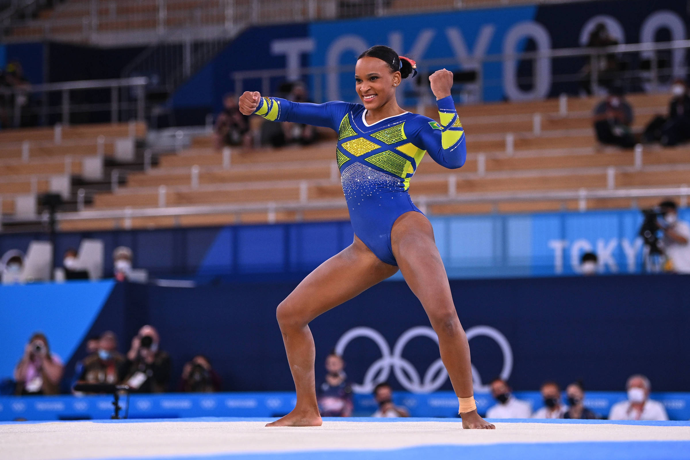 Rebeca Andrade conquista prata na ginástica em Tóquio, e famosos celebram - 29/07/2021 - Celebridades - F5