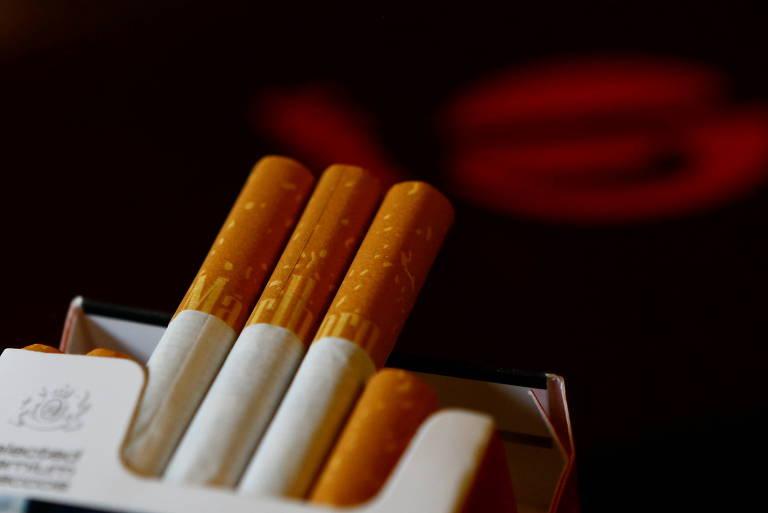 Philip Morris vai parar de vender cigarros Marlboro no Reino Unido