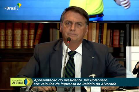 Com profusão de mentiras, Bolsonaro faz maior ataque a sistema de voto