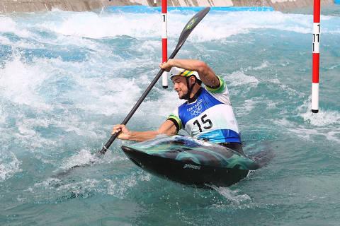 Tokyo 2020 Olympics - Canoe Slalom - Men's K1 - Semifinal - Kasai Canoe Slalom Centre, Tokyo, Japan - July 30, 2021. Pedro Goncalves of Brazil in action REUTERS/Stoyan Nenov
