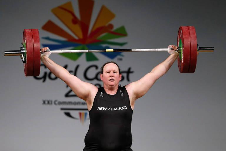 Laurel Hubbard, da Nova Zelândia, durante disputa dos Jogos da Comunidade Britânica