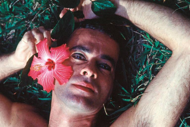Foto de Ney Matogrosso que está em biografia lançada pela Companhia das Letras