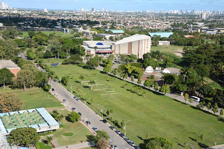 Imagem aérea do campus da Universidade Federal de Pernambuco