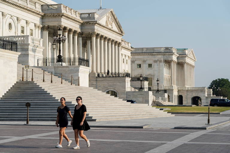 Senado dos EUA aprova projeto de infraestrutura em votação bipartidária