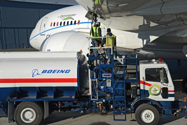 Boeing mira combustíveis sustentáveis antes dos carros voadores