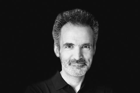 O escritor Oliver Sibony