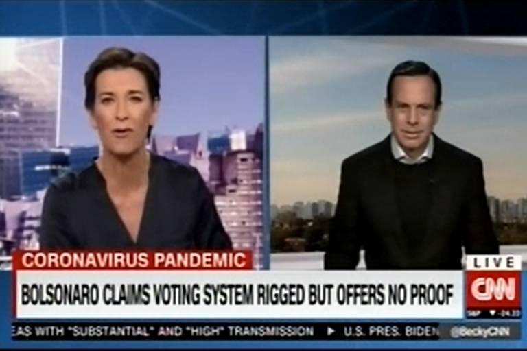 Live de Bolsonaro com mentiras repercute internacionalmente, e Doria é questionado sobre ela