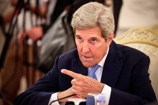 FILE PHOTO: U.S. climate envoy Kerry meets Russian Foreign Minister Lavrov in Moscow