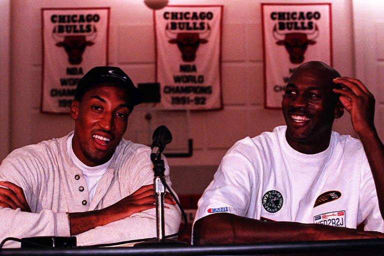 Scottie Pippen (à esq.) e Michael Jordan, então no auge do Chicago Bulls, defenderam a seleção dos Estados Unidos nos Jogos de Barcelona, em 1992