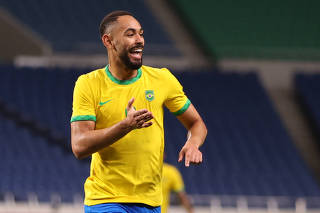 Soccer Football - Men - Quarterfinal - Brazil v Egypt