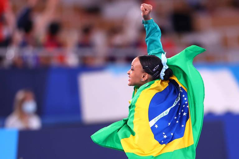 A ginasta Rebeca Andrade conquista o ouro no salto