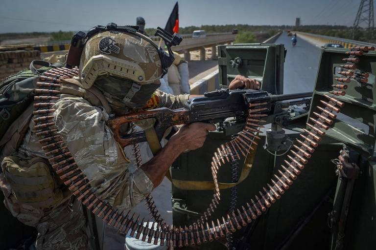 Taleban lança grande ofensiva para tomar cidades-chave no Afeganistão