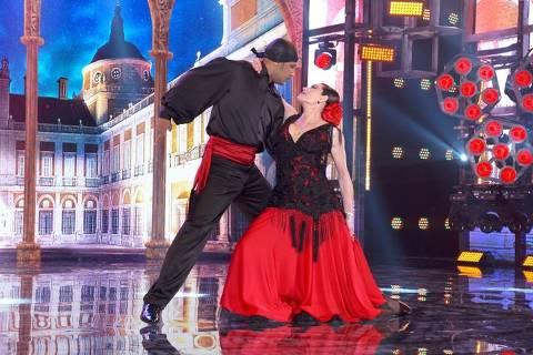 Christiane Torloni durante apresentação na Super Dança dos Famosos