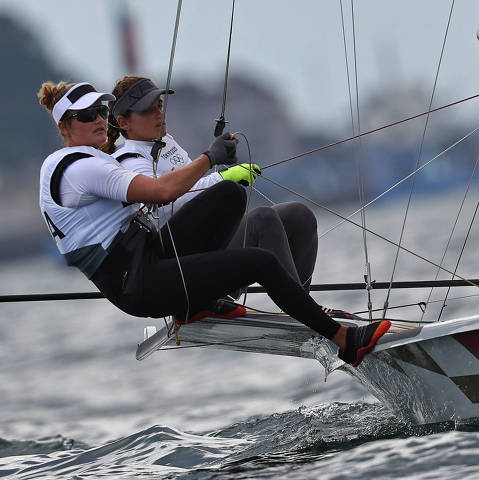 Tokyo 2020 Olympics - Sailing - Women's 49er FX - Opening Series - Enoshima Yacht Harbour - Tokyo, Japan - July 30, 2021. Martine Grael and Kahena Kunze of Brazil in action. REUTERS/Carlos Barria