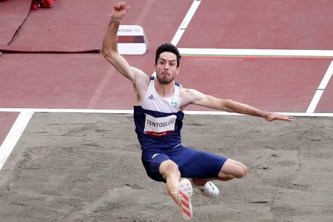 Tokyo 2020 Olympics - Athletics - Men's Long Jump - Final - Olympic Stadium, Tokyo, Japan - August 2, 2021. Miltiadis Tentoglou of Greece in action REUTERS/Hannah Mckay