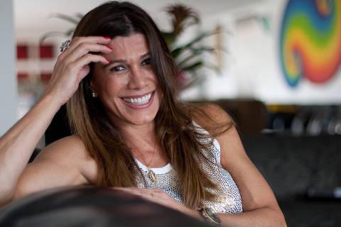 SÃO PAULO, SP, BRASIL, 24-02-2011: A promotora de eventos Alicinha Cavalcanti posa para foto na sua casa, em São Paulo (SP). Há 21 anos elas faz a lista de convidados do camarote da Brahma no carnaval do Rio de Janeiro. (Foto: Mastrangelo Reino/Folhapres, 1491, ILUSTRADA)