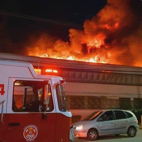 Incêndio na Cinemateca, na Vila Leopoldina, em São Paulo