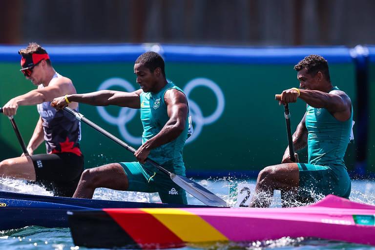 Isaquias Queiroz e Jacky Godmann ficam em 4º lugar na final da canoagem em Tóquio