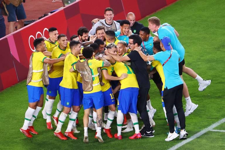 Seleção brasileira comemora a classificação para a final das Olimpíadas