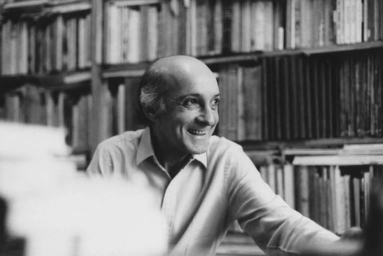 Morre José Ramos Tinhorão, um dos maiores críticos da música brasileira, aos 93
