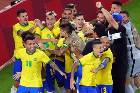 Brasil e Espanha farão confronto de estilos na final olímpica do futebol masculino