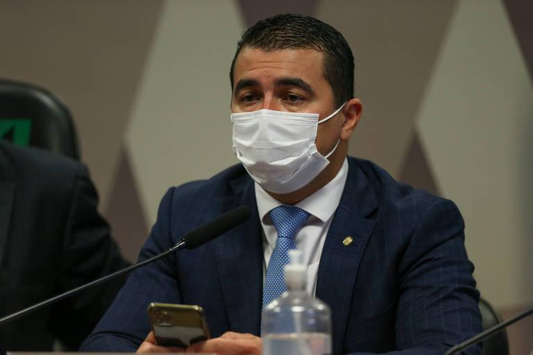 Luis Miranda diz à PF que Pazuello relatou ter sofrido pressão de Lira por repasse de verbas; veja vídeo