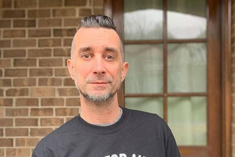 Baterista é expulso do Offspring por não tomar vacina contra Covid