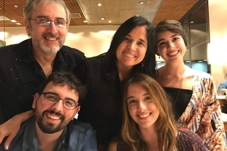 Adolar de Paula Mendes Filho (1962-2021) e família