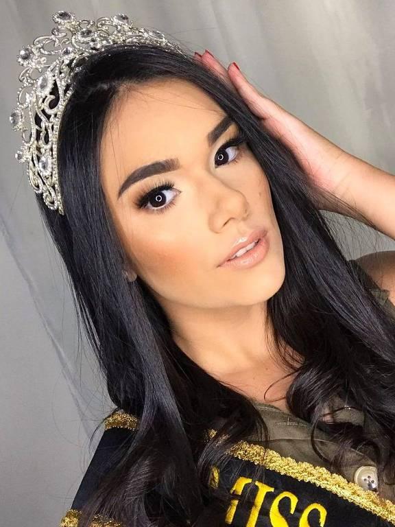 Vanessa Lays