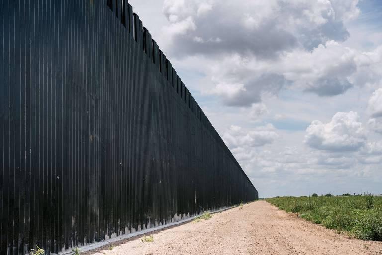 Acidente com van que transportava imigrantes deixa ao menos 10 mortos no Texas