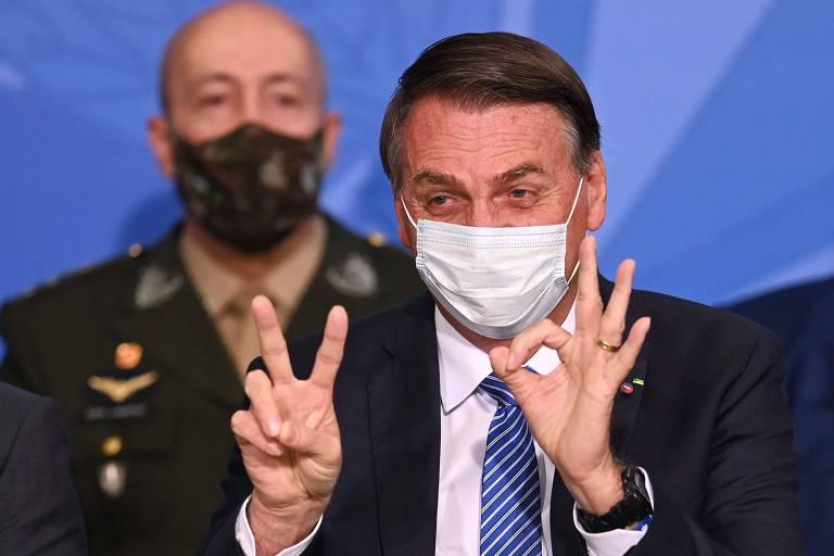 Bolsonaro tenta enterrar marca petista com MP do novo Bolsa Família e PEC dos precatórios