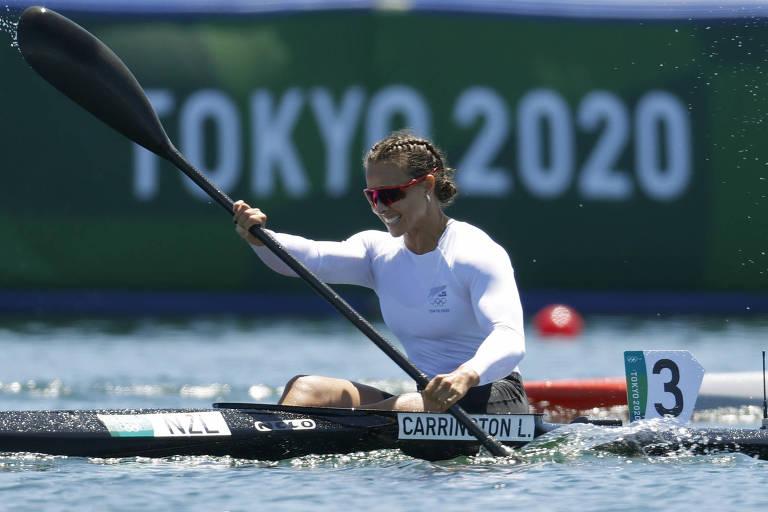 Lisa Carrington, da Nova Zelândia, compete no K1 500 m das Olimpíadas de Tóquio-2020