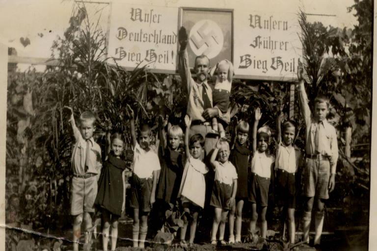 Partido Nazista no Brasil foi o maior fora da Alemanha